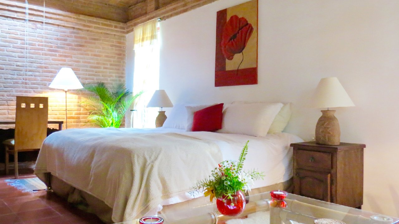 Awareness Suite, Co-Living at La Casa de Milagros